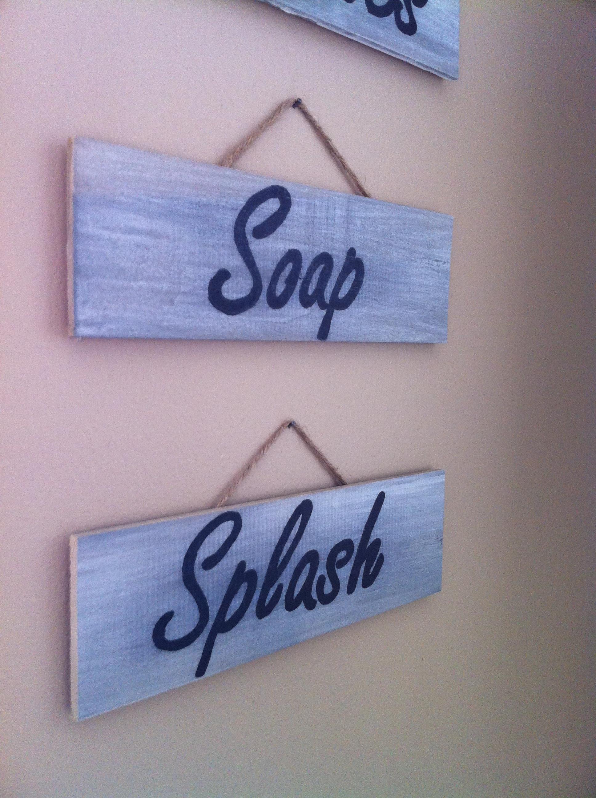 Bathroom Signs Wooden diy wooden signs   le chic elefant