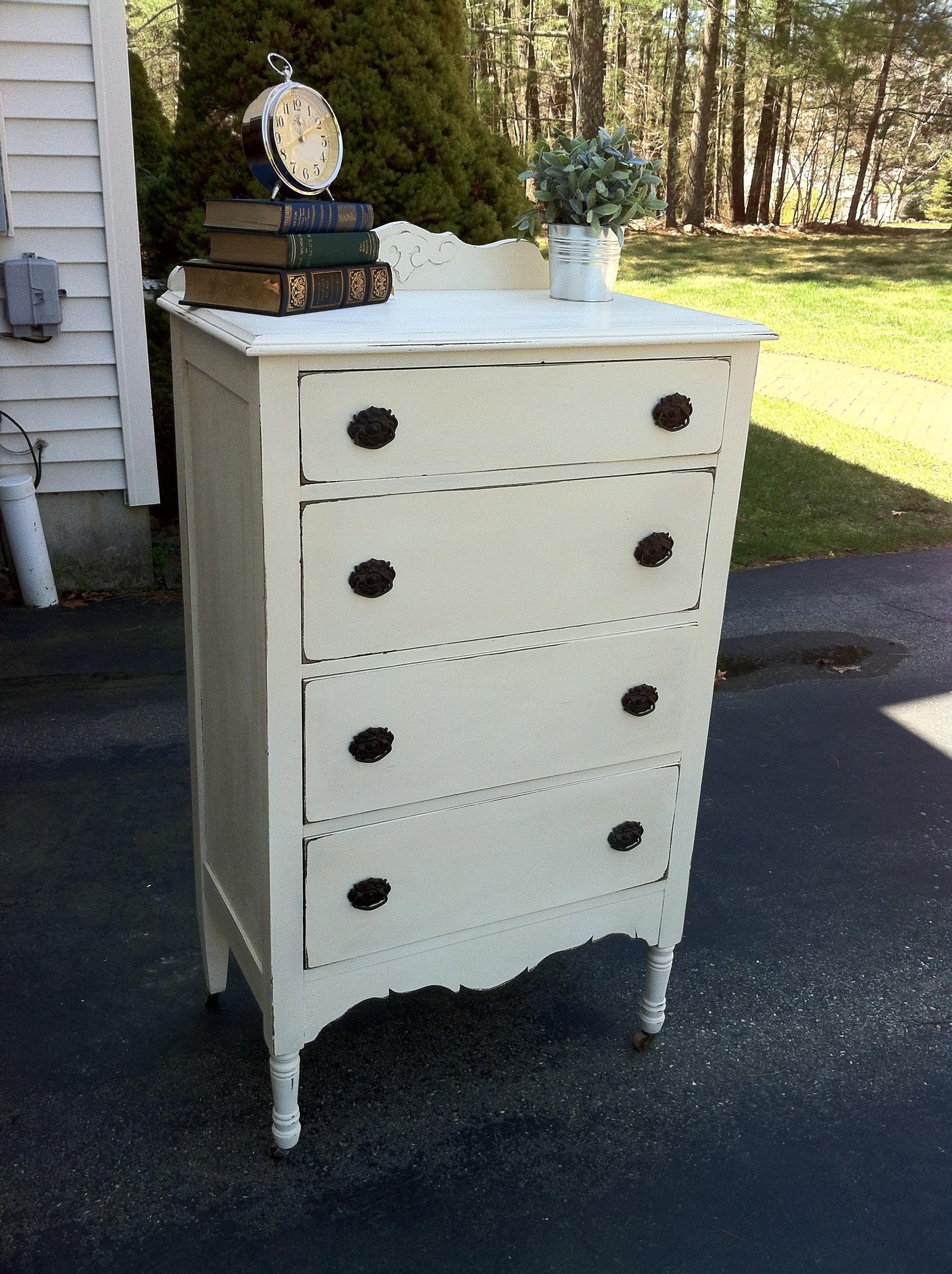 Refurbished Furniture Le Chic Elefant